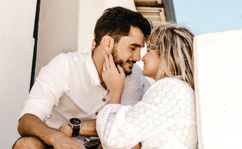 既婚男性がハマる女性の特徴8選
