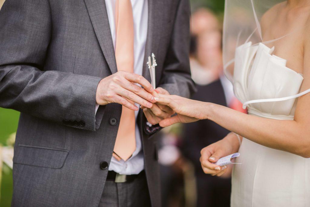 様々な婚活サービス